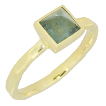 Ring 14 kt. gold tourmaline light green